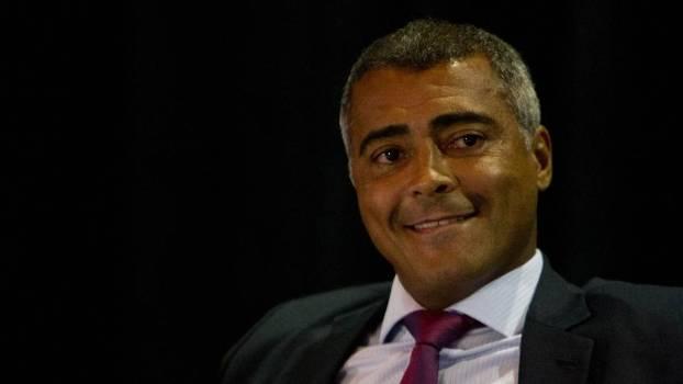 Romário vai presidir CPI da CBF