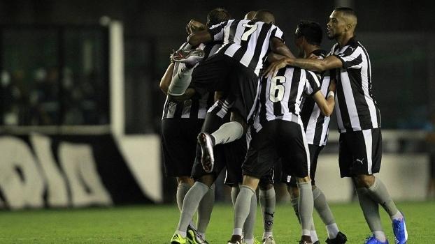 Botafogo anuncia acerto com patrocinador e recebimento das CNDs - ESPN d13378876b4eb