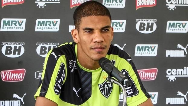 Leonardo Silva concede entrevista coletiva no Atlético-MG 796b715f24387