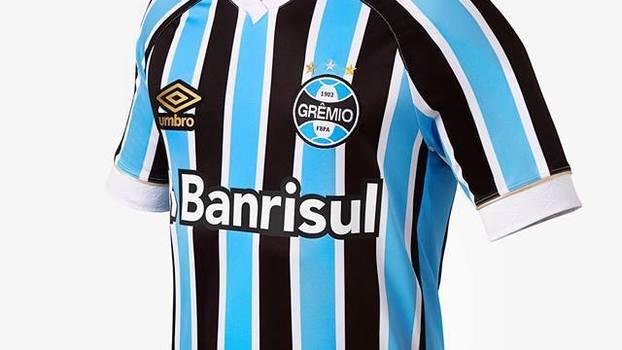 4114f533ed71a Com listras finas, Grêmio apresenta nova camisa 1 para 2018 | Blogs - ESPN