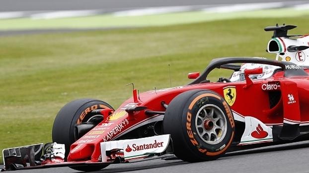 Vettel dirige Ferrari patrocinada peloSantander; em 2018, não mais