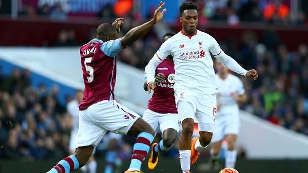 Sturridge, autor do primeiro gol do Liverpool, contra Okore, do Aston Villa