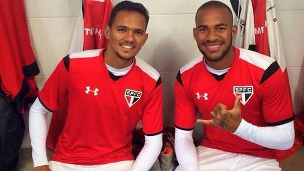 José Artur e Banguelê antes de jogo do São Paulo sub-20 pelo Paulistão