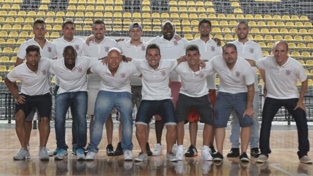 26961c6fb9 Desmanche e cofres vazios  futsal do Corinthians também sofre com ...