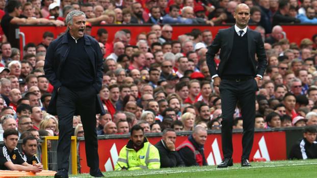 5a5b5d462f Mourinho e Guardiola sempre travaram grandes duelos de times com e sem bola
