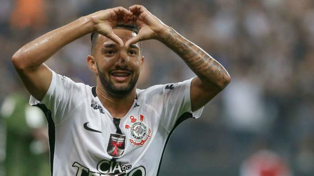 Corinthians chega a 89% chance de título, sua maior marca; Palmeiras 'desaparece' em ranking