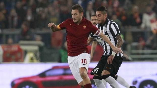 Vitória contra Juventus colocaria Roma na briga pelo título — Spalleti