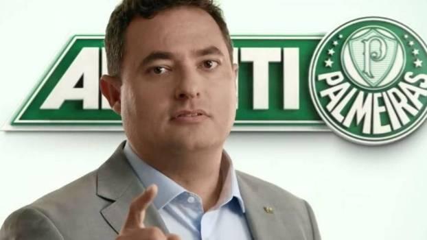 Alexandre Mattos quando estrelou no novo comercial do programa  sócio-torcedor 2a423a90a3e55