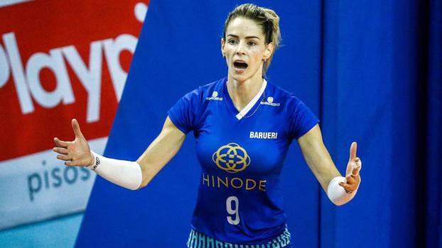 Suelle Oliveira é um dos destaques do Hinode Barueri na Superliga feminina de vôlei