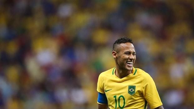 Neymar durante jogo da seleção olímpica contra o Iraque
