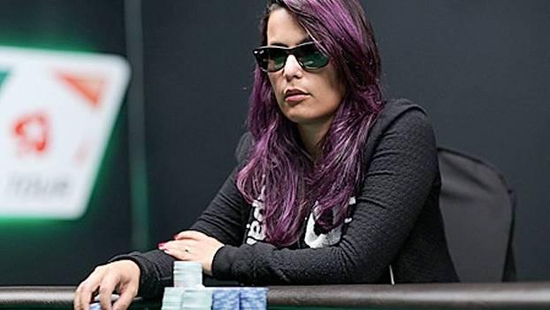 Renatinha Teixeira foi a única mulher a alcançar o heads-up decisivo de um Evento Principal do LAPT