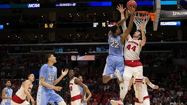 Wisconsin enfrenta North Carolina no March Madness