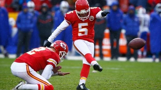e21ce3de74 Está empatado com outros cinco kickers em segundo lugar na história da NFL  com sete anotados