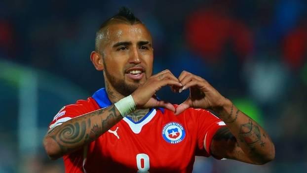 Vidal sofreu e bateu o pênalti para anotar o primeiro gol do torneio