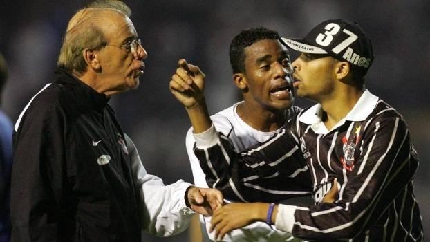Corinthians Libertadores 2006 Ademar Braga Betão