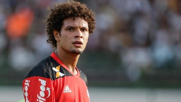 Willian Arão trocou o Botafogo pelo Flamengo