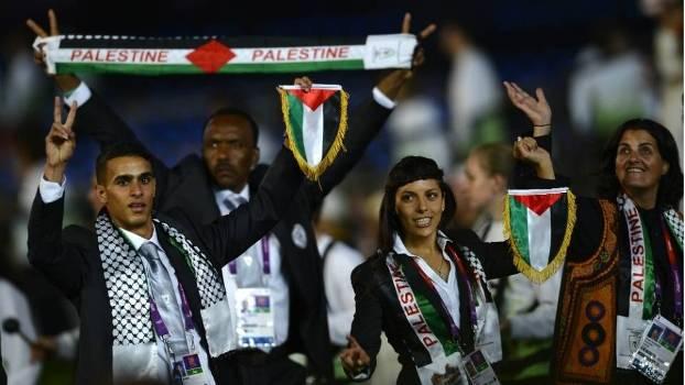 Bahaa e a delegação palestina na cerimônia de abertura da Olimpíada de 2012
