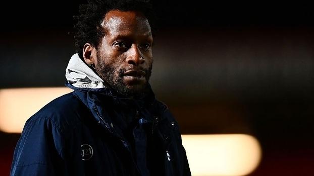 Ugo Ehiogu como técnico do sub-21 do Tottenham: morte aos 44 anos