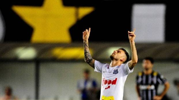 Lucas Lima, o melhor em campo na vitória do Santos sobre o Corinthians