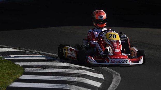 Caio Collet em ação numa prova de Kart