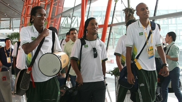 Jô, Ronaldinho e Alex Silva na seleção