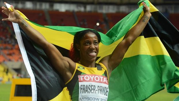 Shelly-Ann Fraser comemora bicampeonato mundial na prova dos 100m