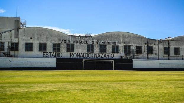 Eterno São Cristovão: ajude a salvar o estádio Ronaldo Nazário, a casa onde  nasceu o Fenômeno! | Blogs - ESPN