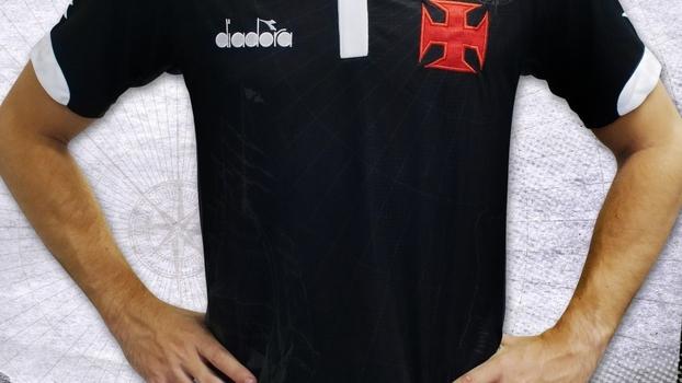 cc01de1be2825 Vasco capricha em nova camisa 3 inteira preta