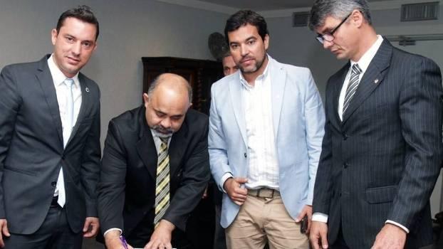 Em Brasília, clubes pedem apoio de ministro para assinar com atletas a partir dos 12 anos