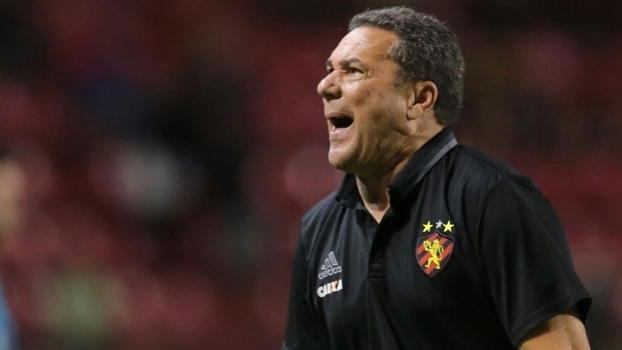 Flamengo 'esquece' euforia extracampo para encarar o Sport pelo Brasileirão