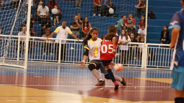 96d3a864a209d Uma história sobre como o esporte ensina meninas a serem corajosas ...