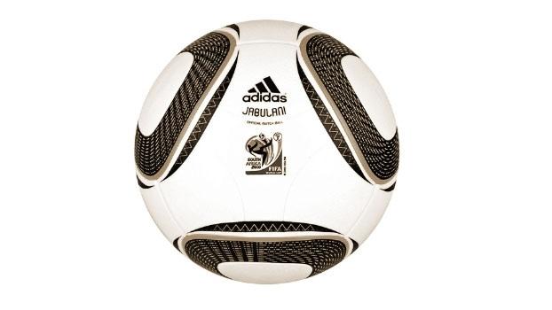 Bola Jabulani utilizada na Copa do Mundo de 2010 na África ... 568d64bb031fc