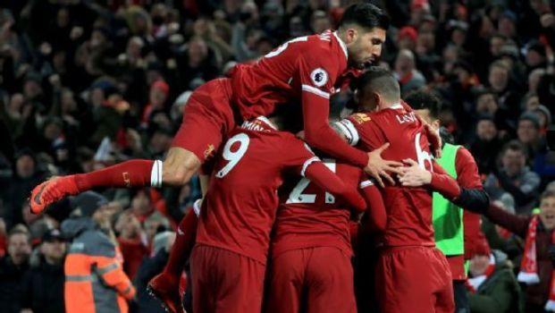 7c80257564 Liverpool comemora um dos gols da vitória sobre o Manchester City