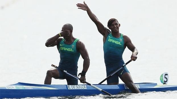 Isaquias Queiroz e Erlon de Souza conquistaram prata no C2 1000m