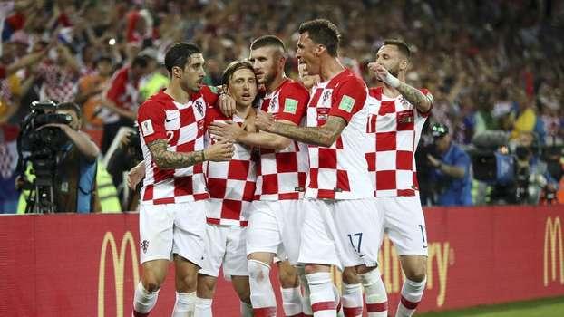 Croácia e sua tradicional camisa quadriculada 2c25abacaea9d
