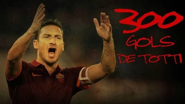 Fracnesco Totti chegou ao 300º gol na carreira