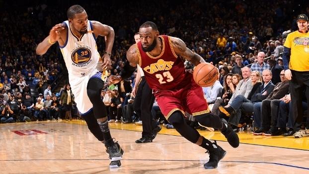 Durant, assim com Curry e Green, ficaram no segundo time; LeBron no ideal