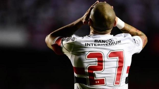 Maicon está perto de se transferir para o Galatasaray
