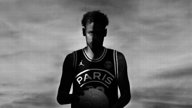 Neymar é um dos garotos-propaganda do novo uniforme bb4835a9c5c96