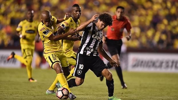 Botafogo jogou pela Libertadores nesta quinta