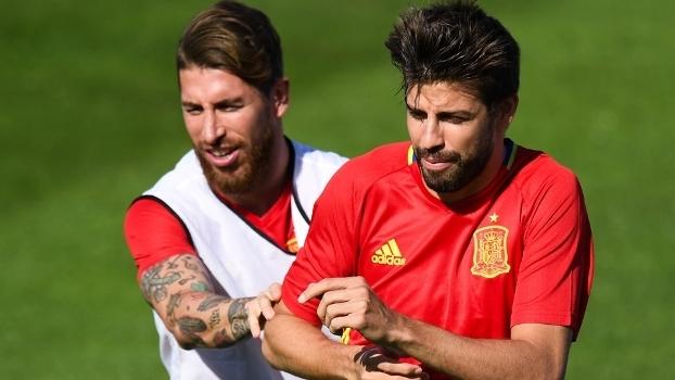 Sergio Ramos Pique Treino Espanha Euro-2016 24 06 2016 ee1373707b830