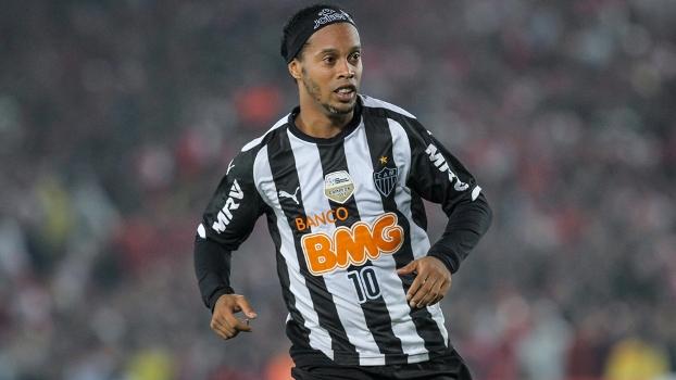 Ronaldinho entrará na carreira política em 2018