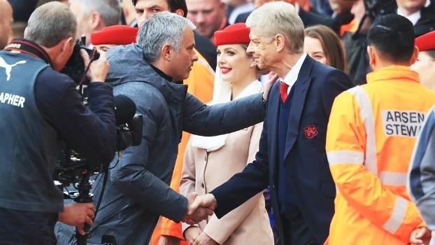 Arsène Wenger venceu neste domingo pela primeira vez José Mourinho em um jogo de Premier League