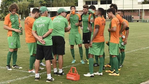 Equipe de Enderson Moreira ganhou diversas peças para a temporada de 2017