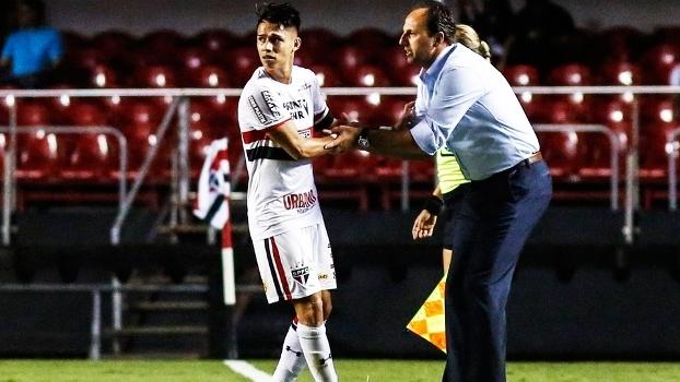 Luiz Araujo Rogerio Ceni Sao Paulo ABC Copa do Brasil 08/03/2017