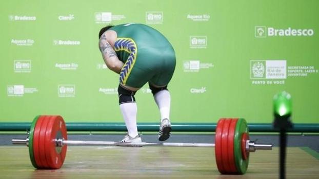 O brasileiro Fernando Reis sofre lesão em evento-teste para os Jogos  Olímpicos ... 20defb12b0738
