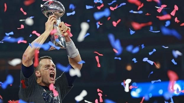 O grito do campeão: Brady comemora a conquista do Super Bowl LI