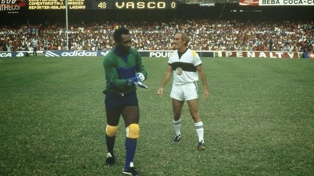 O dia em que Vasco e Fla pararam final para aplaudir Pelé e  Os ... 2c3570d155b65