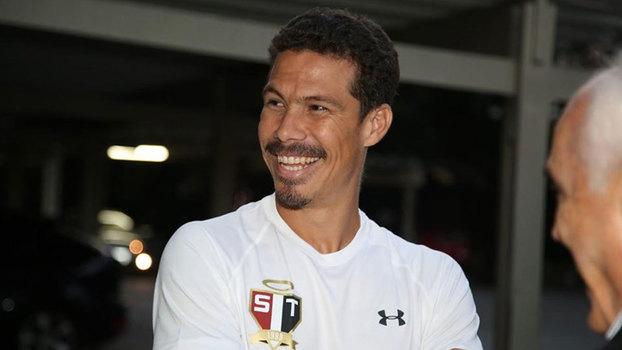 Hernanes chegou ao São Paulo na última sexta