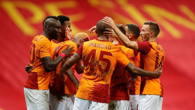Galatasaray vai enfrentar o Rangers nos playoffs da Europa League